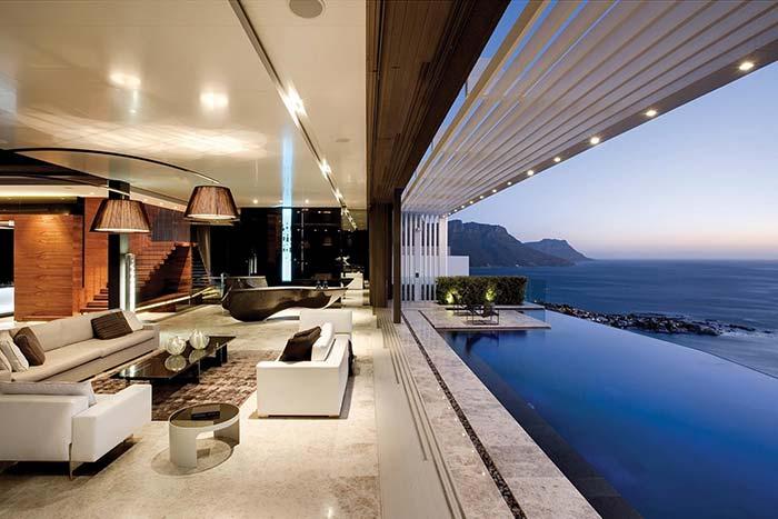 Si pour vous, synonyme de maison parfaite est élégance et raffinement, alors cette maison est votre muse inspirante