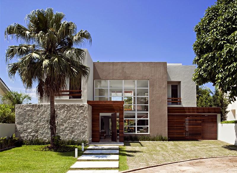 Les murs encastrés aident à la conception de la façade