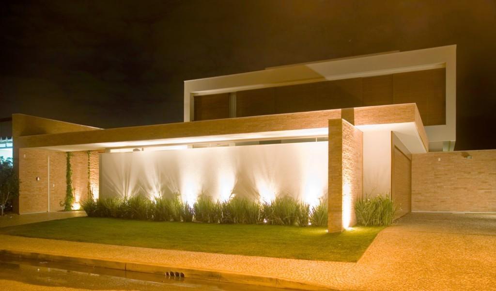 L'éclairage LED aide à mettre en valeur le mur